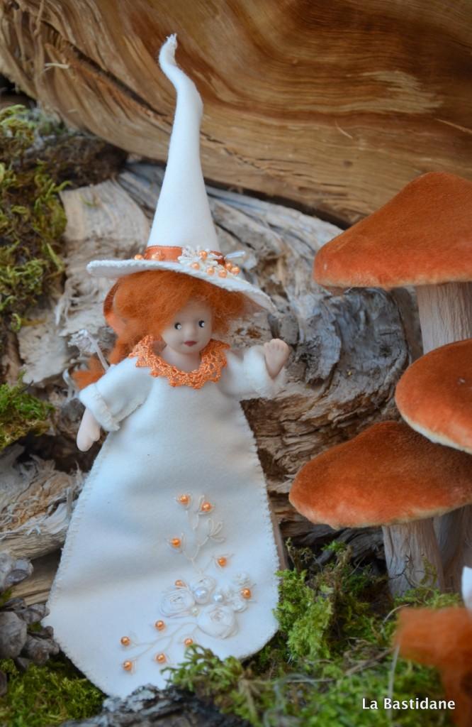 sorcière Halloween 3 porte aiguilles